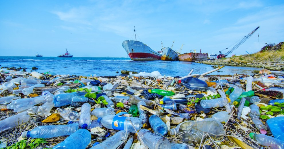 plastic-in-oceans-1